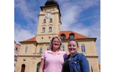 Opravená věž radnice v Žatci i s novou výstavou se otevírá návštěvníkům