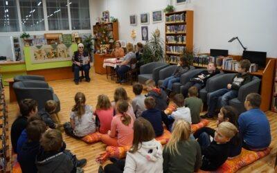 Knihovnictví & knihovna v Kostomlatech pod Milešovkou